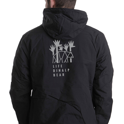 Life-DinAlp-Bear-jacket_Mrož-arhitektura-oblikovanje-doo